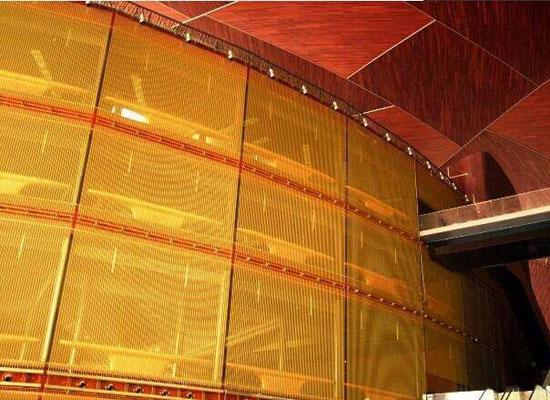 合股装饰网在室内的应用